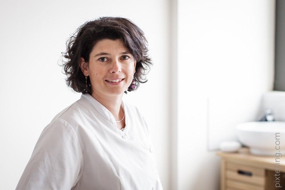 photographe entreprise grenoble portrait osteopathe pediatre